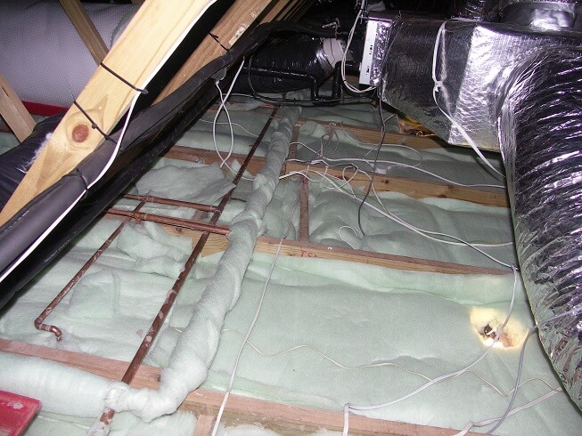 eco-friendly-insulation-polyester-ceiling-insulation-isotherm-installer